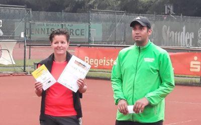 Yvonne Butterweck und Alex Steffens triumphieren beim SUS Hervest Mixed Turnier